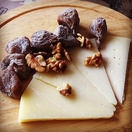 manchego cheese taste