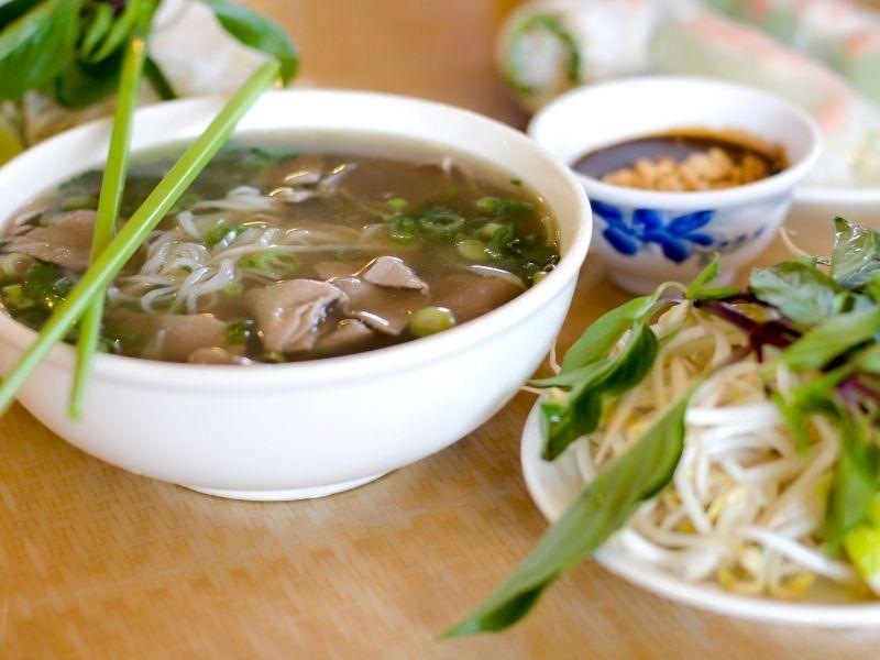 pho-dac-biet-vietnamese