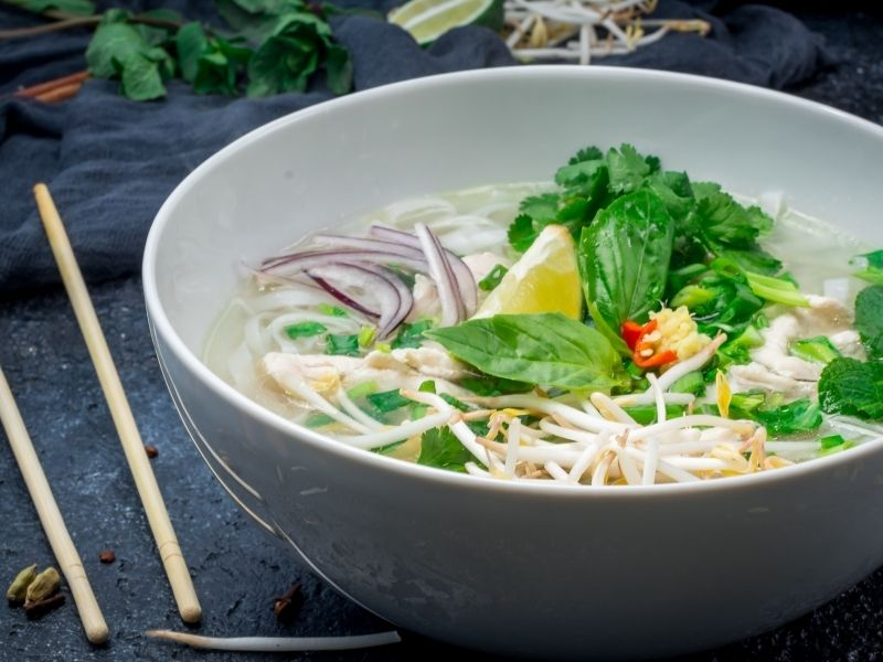 pho-spices-and-noodles