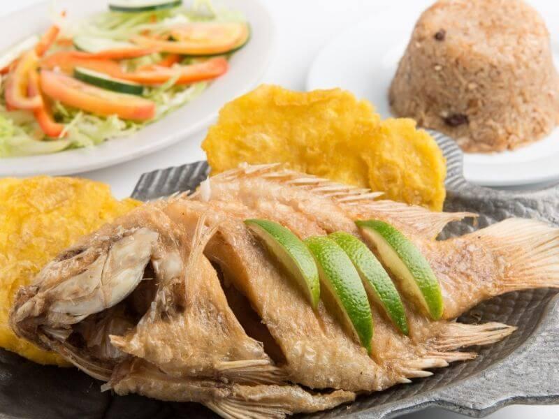 fish-mojarra-frita