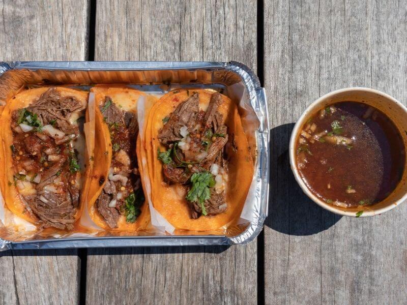 birria-tacos-calories